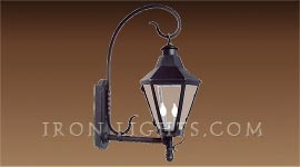 alexa_outdoor_light_fixture