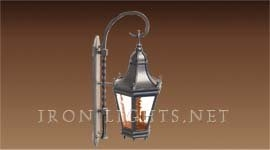 colonial_outdoor_light_fixture