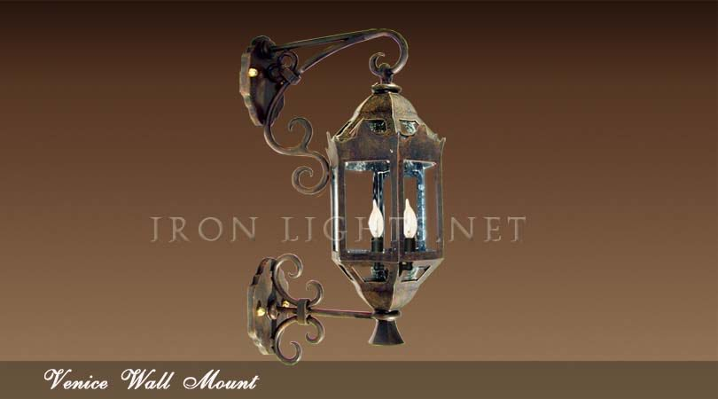 Venize outdoor wall sconce
